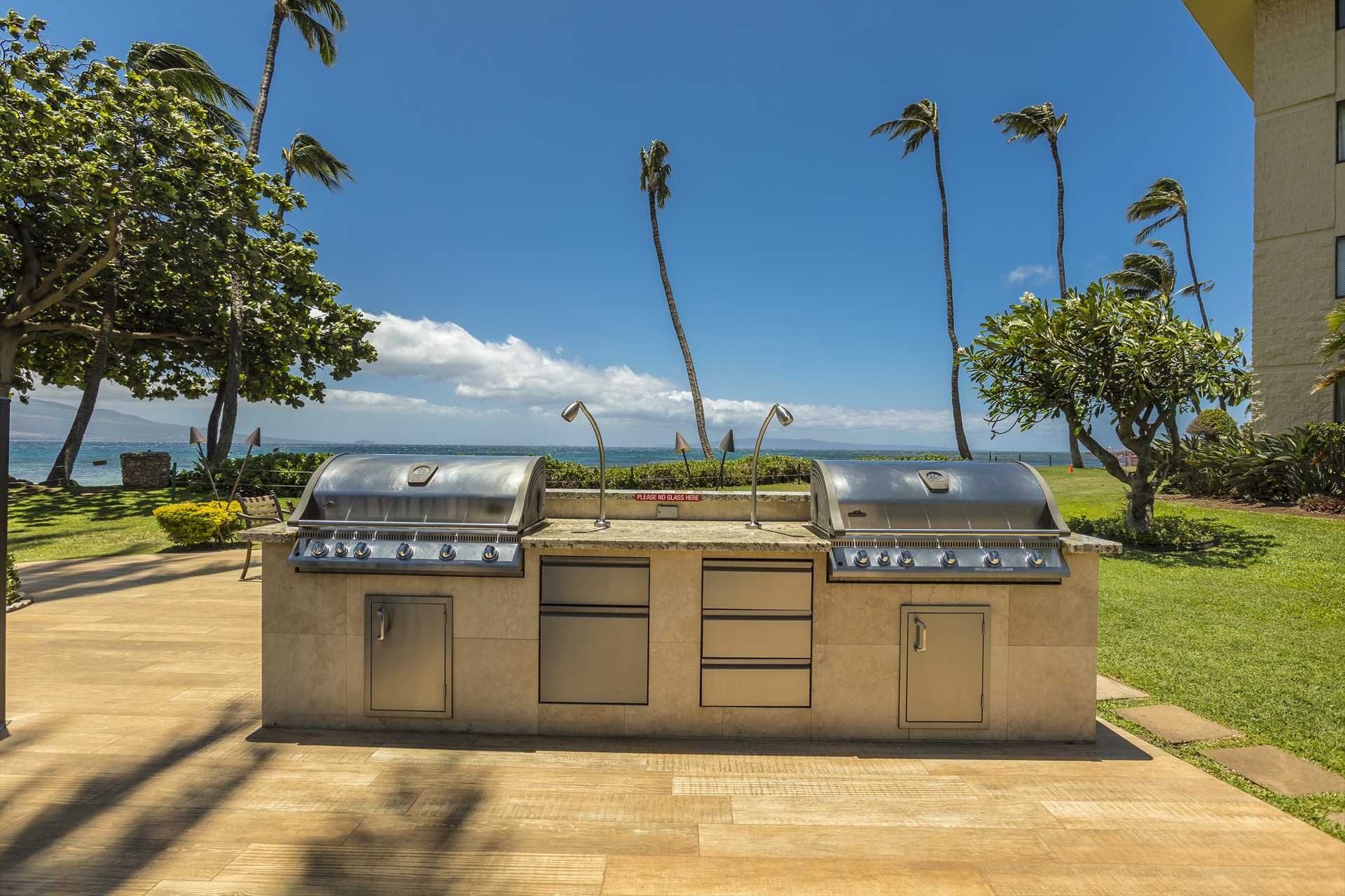 BBQ area to enjoy outdoor oceanfront grilling for some of yo