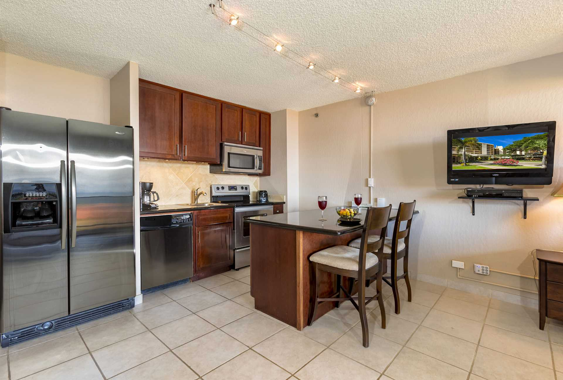 Well-appointed and upgraded kitchen