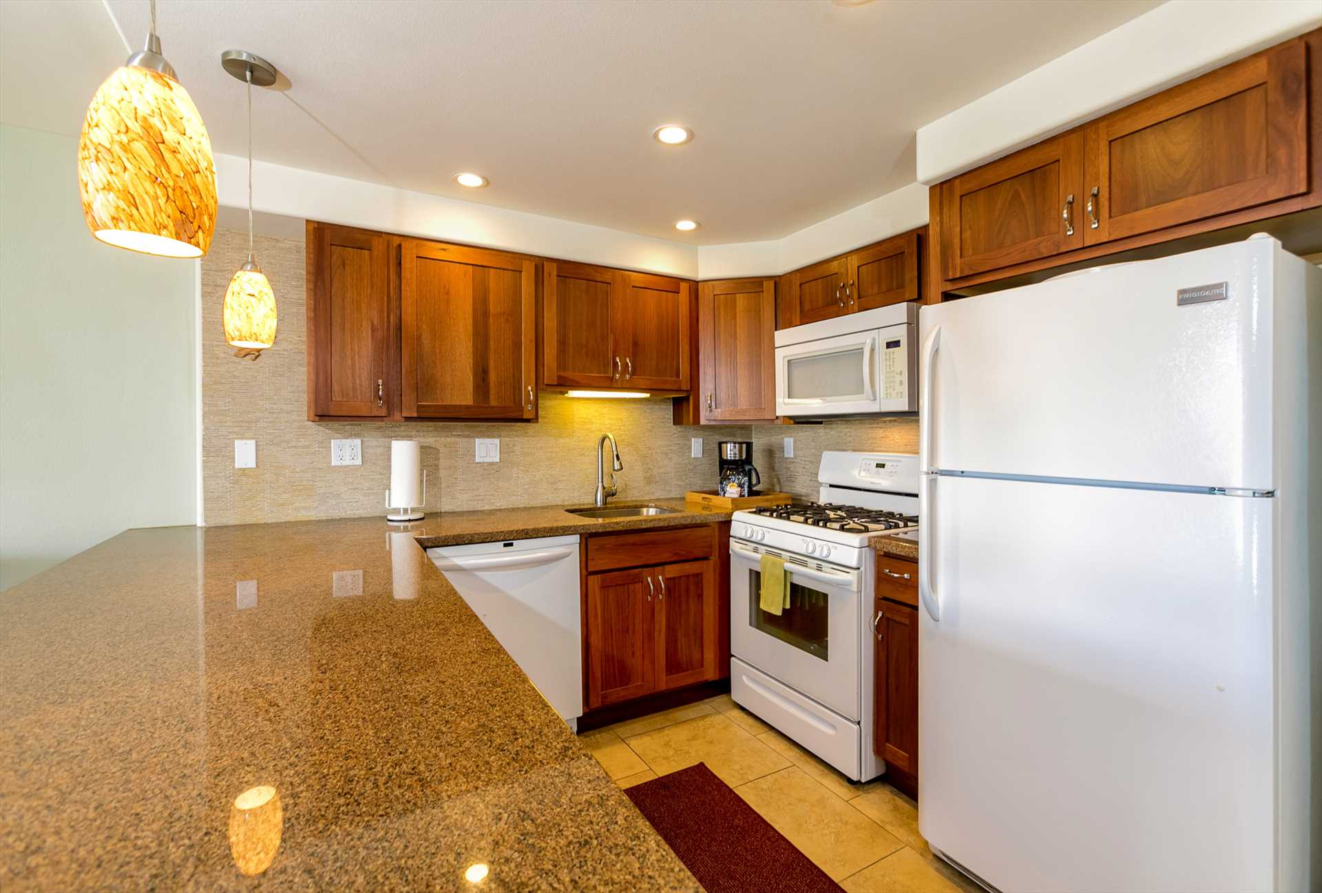Well-appointed kitchen with everything to make C405 your hom