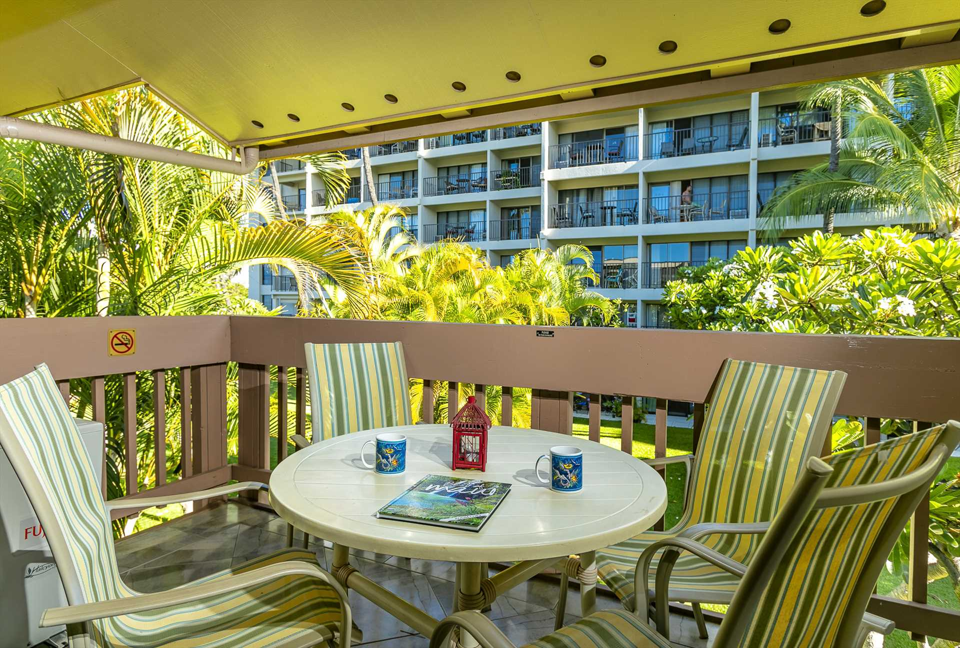 Large and roomy lanai with peaceful garden view