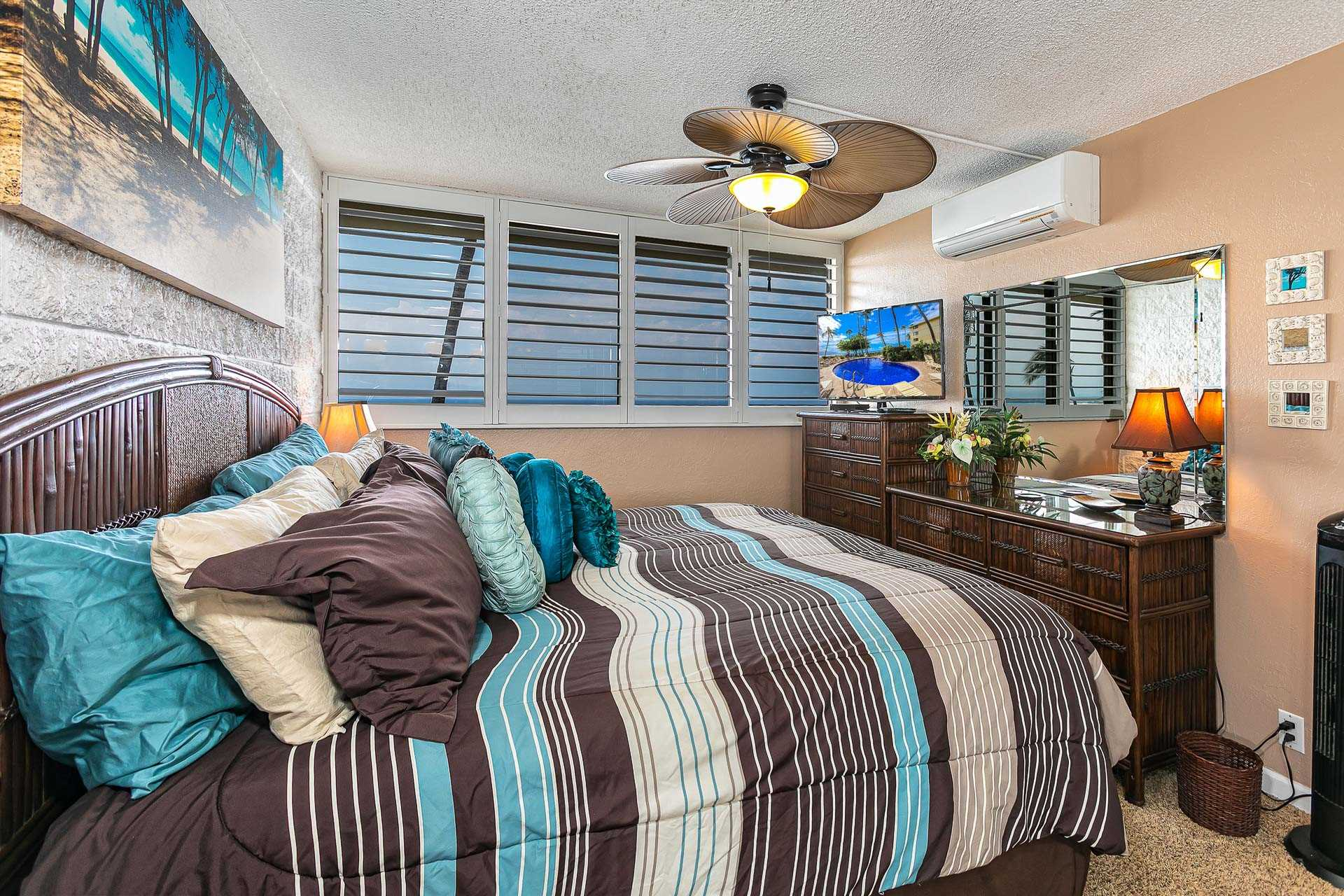Master bedroom has a comfortable King size bed