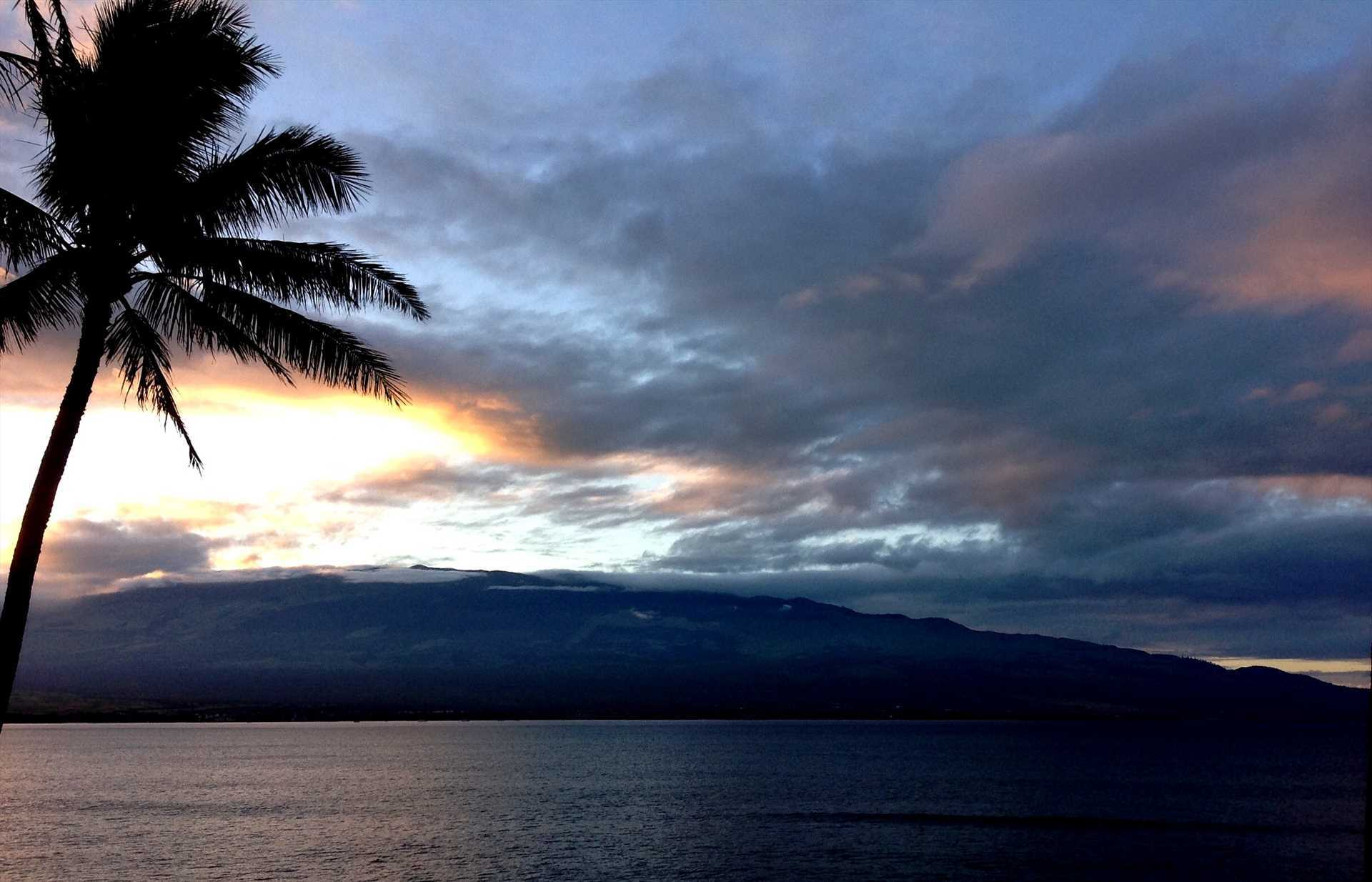 Lovely sunsent in Maalaea Bay